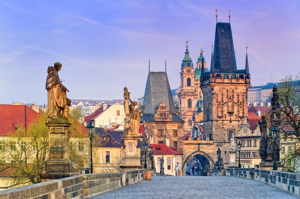 Где купить в Праге экскурсии на русском языке?