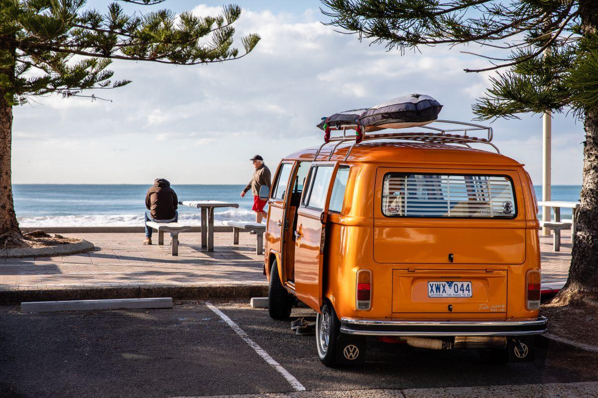 Пляжный отдых в апреле 2020, куда поехать на море недорого
