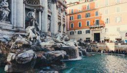 Рим фонтан Треви