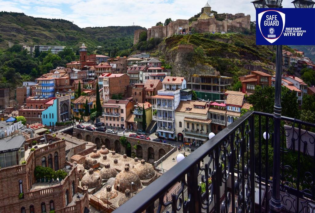 Тифлис палас Тбилиси