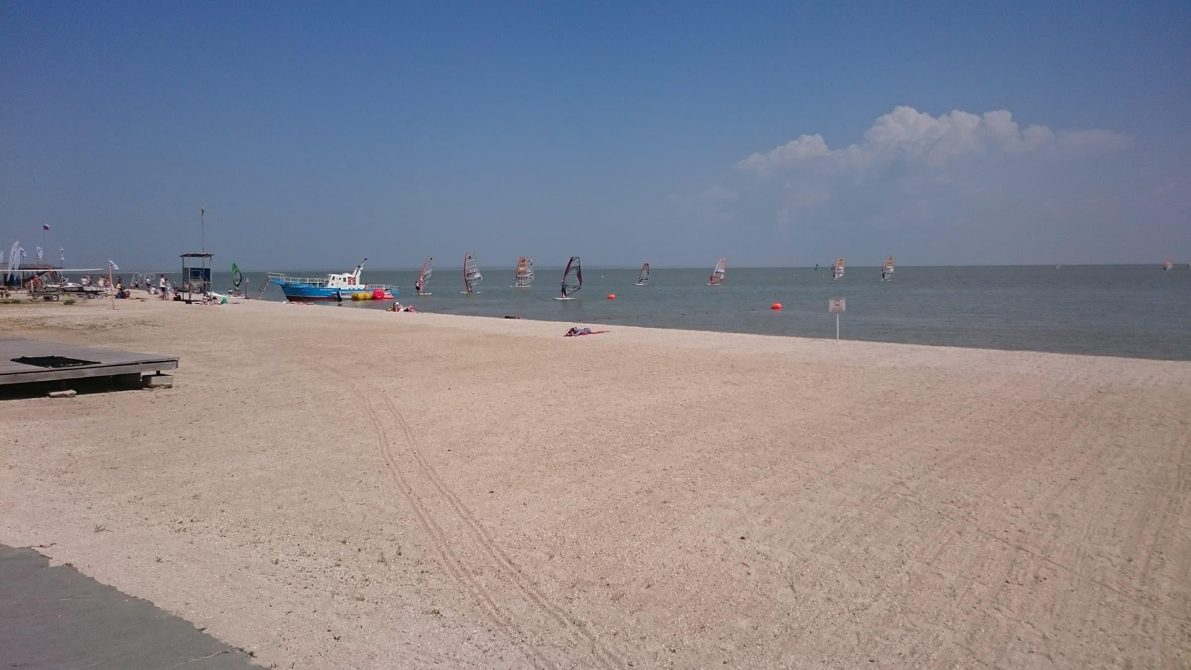 Ейск молодежный пляж
