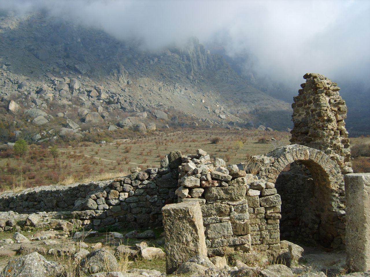 крепость Фуна Крым