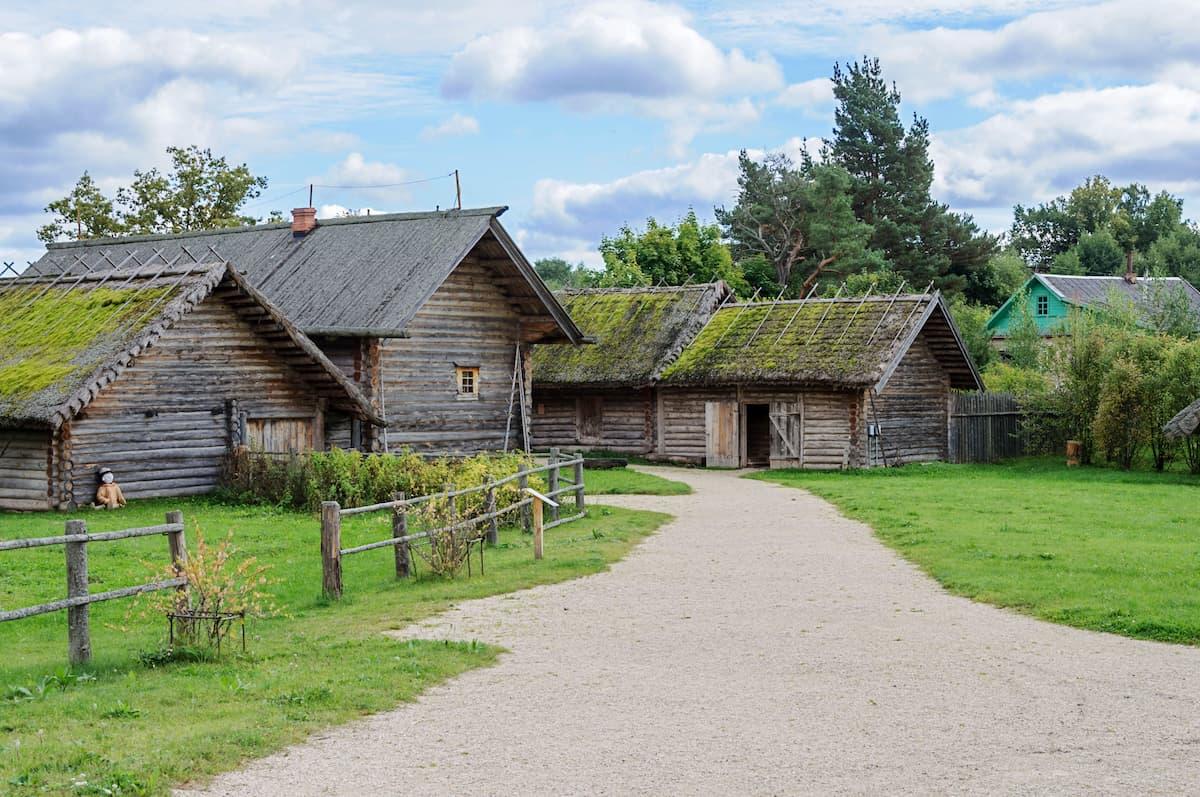 Музей «Пушкинская деревня» в Бугрово