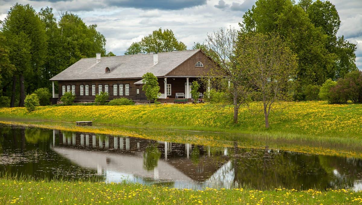 Музей-усадьба «Тригорское» в Пушкинских Горах