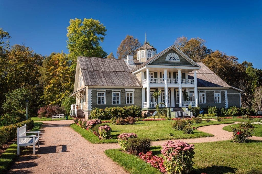 Музей-усадьба «Михайловское» в Пушкинских Горах
