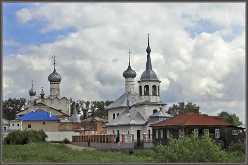 Монастырь Рождества Богородицы в Ростове Великом