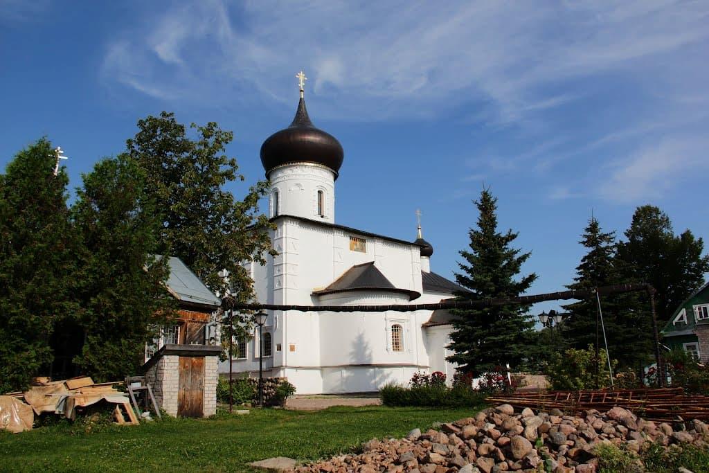 Церковь Георгия Победоносца в Старой Руссе