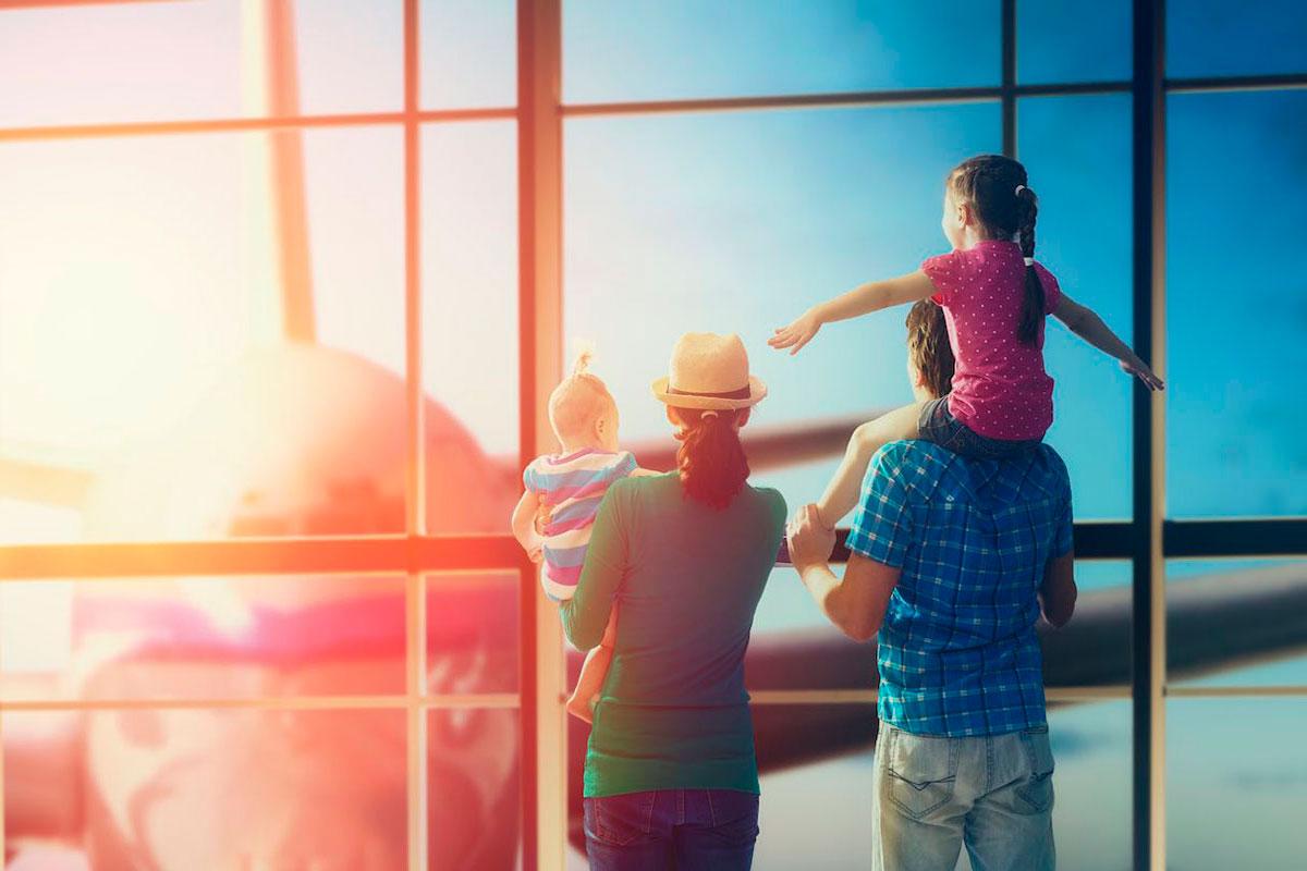 Фото туристов с детьми